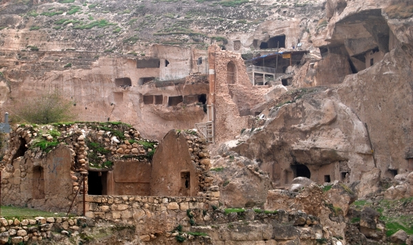 Hasankeyf-An-Ancient-City-in-Batman-Turkey1